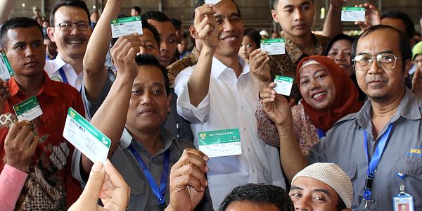 Makna Hari Pahlawan Bagi Jokowi: Terus Berjuang Berantas Kemiskinan