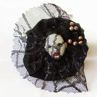 Gothic White Witch face brooch handmade