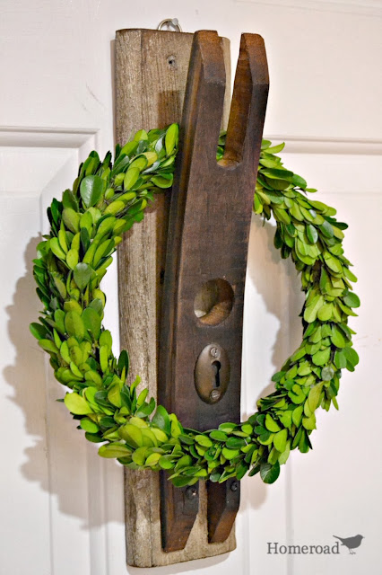 unique wreath hook www.homeroad.net