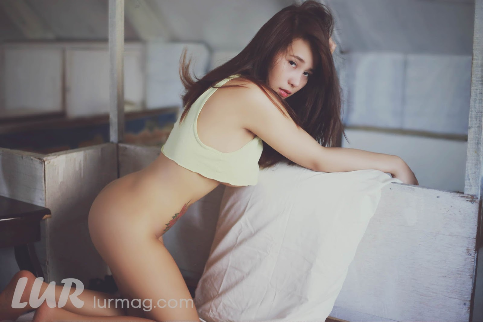 Elaiza Cae Jayden Volume 1 - Uncensored