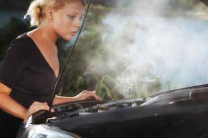 3 Penyebab Mesin Mobil Overheat dan Cara Mengatasinya