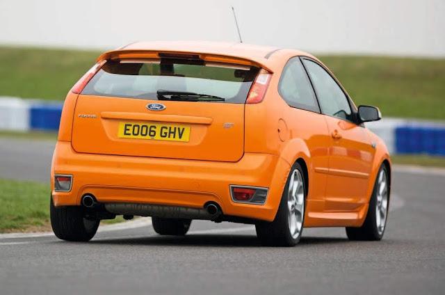 【鍵盤車訊】樸實無華,但熱血的性能鋼砲 --- Ford Focus ST225 - 外觀及底盤套件給好給滿