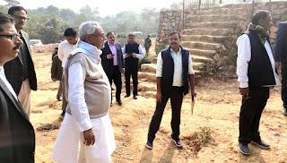 राजगीर में चिड़ियाघर का निरीक्षण करते हुए मुख्यमंत्री नीतीश कुमार