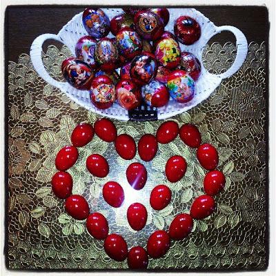cosulet cu oua rosii