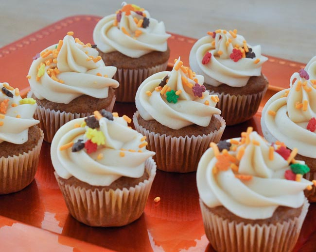 Pumpkin Mini Cupcakes With Cream Cheese Icing