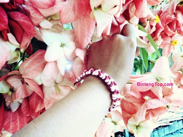 Cara Membuat Kerajinan Gelang dari Tali – Macrame DIY cranberries Bracelet
