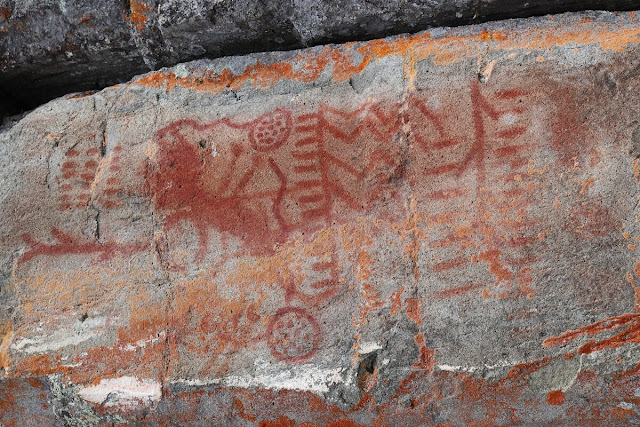 Scientists use modern technology to understand how ochre paint was created in rock art