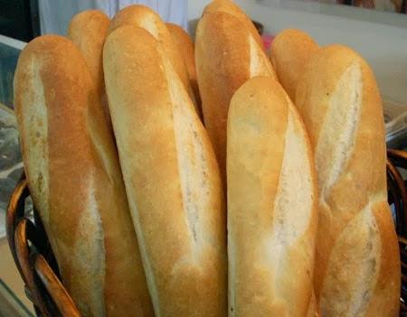 Khởi nghiệp mở lò làm bánh mì
