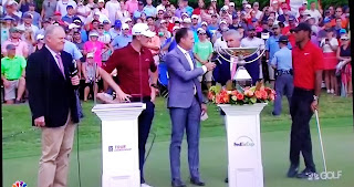 Tiger Woods Justin Rose FedEx Cup