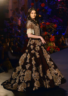 Aishwarya Rai On Ramp During Fashion Show