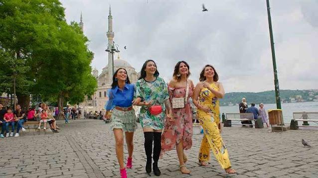 A Four Girls Scene of Four More Shots Please season 2 Web Series, Amazon Prime