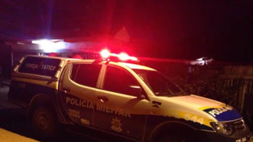 CIÚMES: Evangélico quebra dente da esposa com socos após término de vigília em igreja