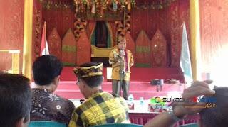 *Ketua Dewan Adat dan Raja-Raja Nusantara, YMP Prof. DR. H.E. Irwannul Latubual, MM., MH., Ph.D*