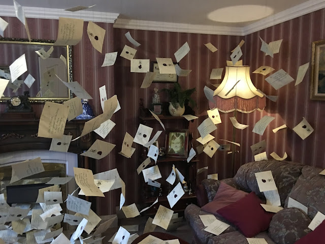 floating letters in Privet Drive