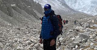 Εβερεστ: Ο Ελληνας γιατρός και αθλητής Γιώργος Τσιάνος στην κορυφή του κόσμου