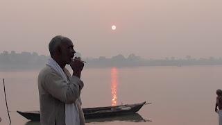 Sunrising-Pic-Sonpur-Mela-Ganga-River (1)