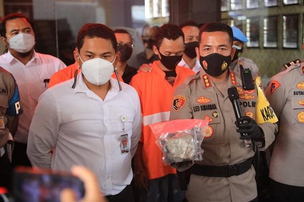Tak Terima Balap Liar Dibubarkan Polisi, Anak Pejabat Tinggi Jawa Barat Tabrak dan Lempari Mobil Patroli dengan Batu