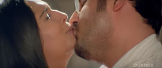 Meghna Naidu Himanshu Malik Hot Smooch In Movie Rain 9