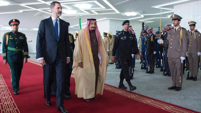 El rey de España viaja a Arabia Saudí a vender barcos de guerra