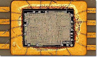 Bentuk Processor Intel 4004