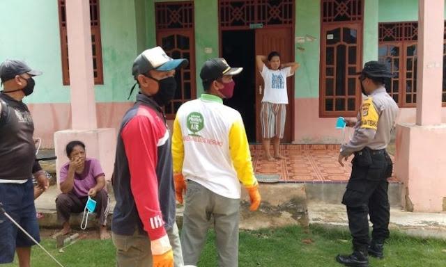 Kampung Tiyuh Balam Asri Dirikan Posko Gugus Tugas dan Bagikan Masker ke Warga