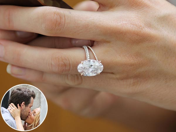 Blake Lively S Ridiculous And Amazing Lorraine Schwartz Wedding Rings Were On Display Last
