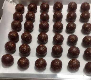بنيون أو كرات الشوكولاته بدون فرن