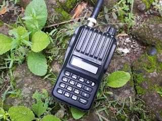 ICOM IC-V80 VHF Fullset Original Made in Japan