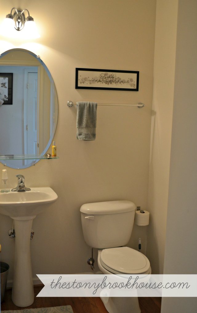 Bathroom Before Makeover