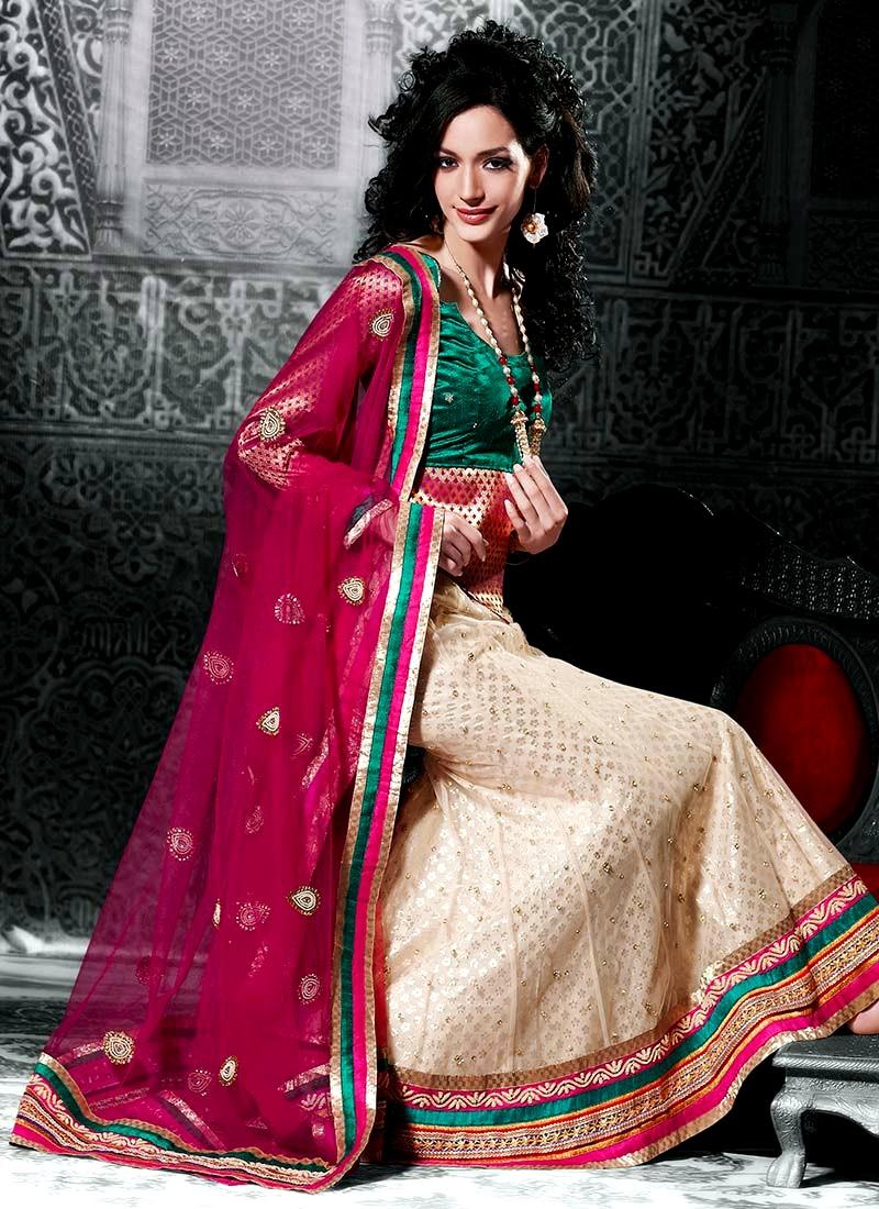 New Fashion Lay Latest Fashion Trend Latest Women Party