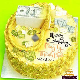 bánh-sinh-nhật-bằng-vàng