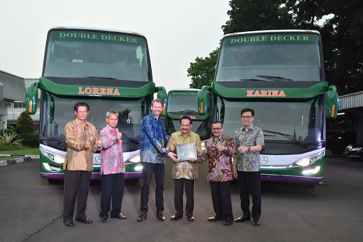 Bus tingkat lorena