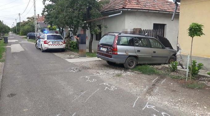 Ittasan döntötte ki a kerítést egy sofőr Kunszentmártonban