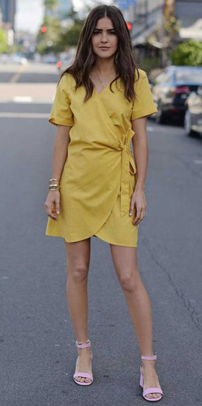 Searching for lightweight outfits to help you cooling off this summer? See 27 Must-have Everyday Summer Styles To Beat The Summer Heat. Summer Fashion via higiggle.com | yellow mini dress | #summeroutfits #cool #summerstyle #minidress