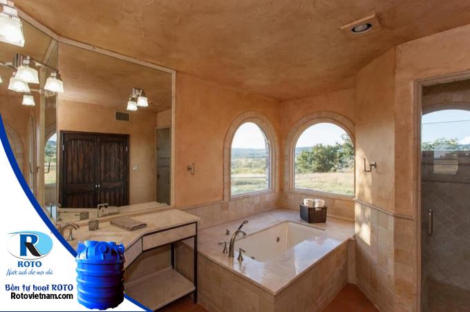 10 mẫu cửa sổ giúp phòng tắm thông thoáng