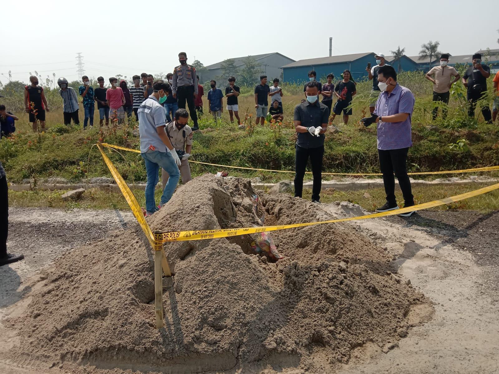 Kuli Bangunan di Cikande, Temukan Mayat Seorang Perempuan Dalam Tumpukan Pasir