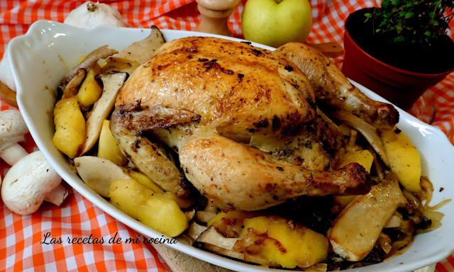 Pollo asado con manzanas y setas