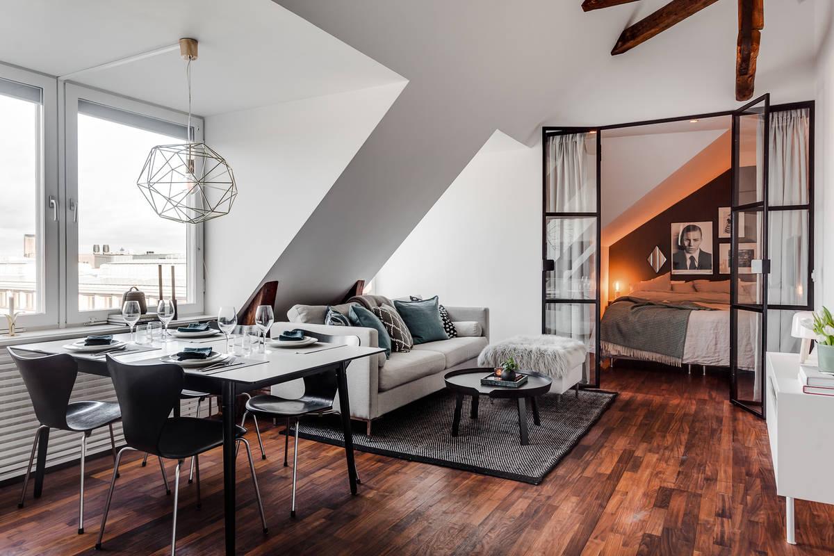 Atmosferă plină de căldură într-o mansardă de 56 m²