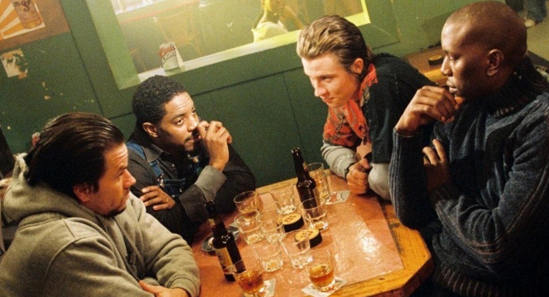 Four brothers 2005 Братья по крови фильм 2005 Фильм четыре брата Марк Уолберг кровь за кровь