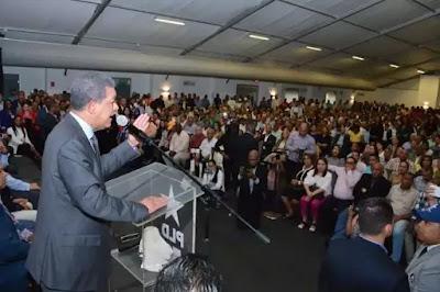 Leonel Fernández instruyó a sus delegados a que no asistan a la convocatoria que estaría haciendo la Junta Central Electoral