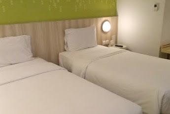 Kamar Hotel Zest Bandung