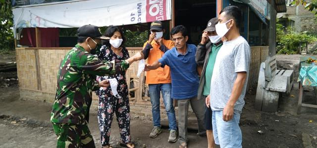 Ditempat Wisata, Personel Jajaran Kodim 0207/Simalungun Laksanakan Penegakan Disiplin Protokl Kesehatan