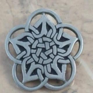 Celtic knot brooch by SJC