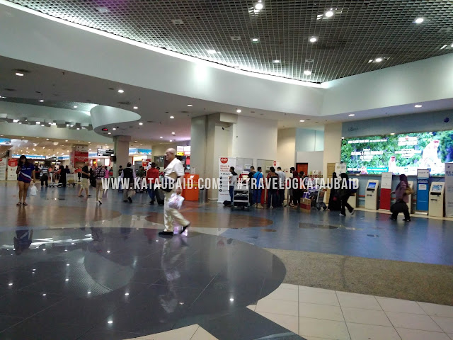 Tempat letak kereta di Lapangan Terbang Pulau Pinang