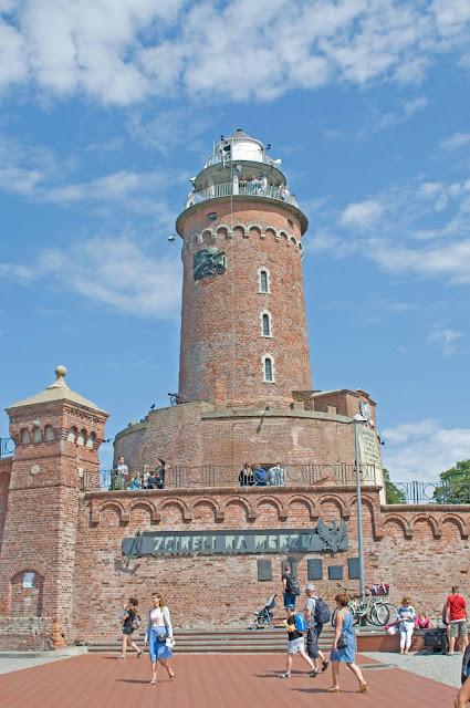 latarnia morska w Kołobrzegu, widok na konstrukcję