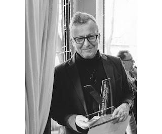 http://www.advertiser-serbia.com/branimir-dimitrijevic-dobitnik-ueps-nagrade-za-zivotno-delo/