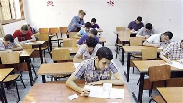 مقترح بإجراء امتحانات السادس الاعدادي بثلاثة أدوار وتعليق الثالث المتوسط