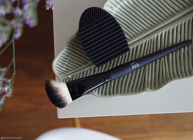 Brush Brushegg makeup cleaning beauty