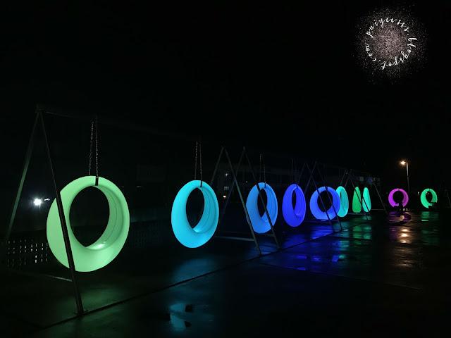 led-light-swings
