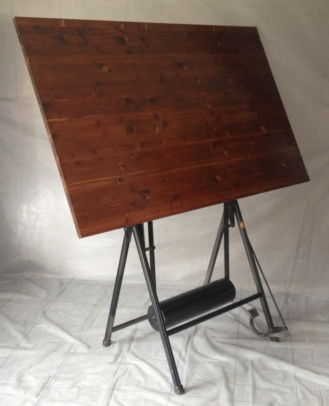 from hell table dessin d 39 architecte. Black Bedroom Furniture Sets. Home Design Ideas